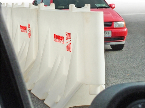 Sturdy Super Road Guard Barrier