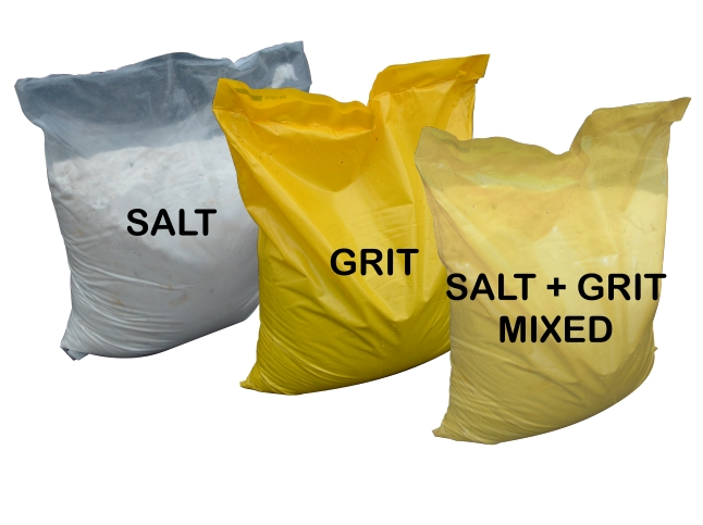 Sturdy 25kg Bags of Grit and Salt